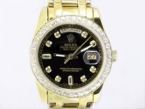 Rolex-Masterpiece-Full-Gold-Diamond-Marking-And-Bezel-With-Black-11_2